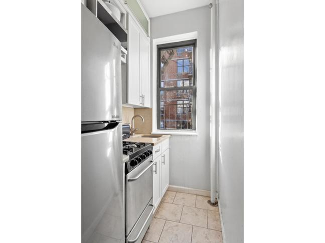 The Cherokee, 517 E 77th St #5A Lenox Hill, Manhattan, NY