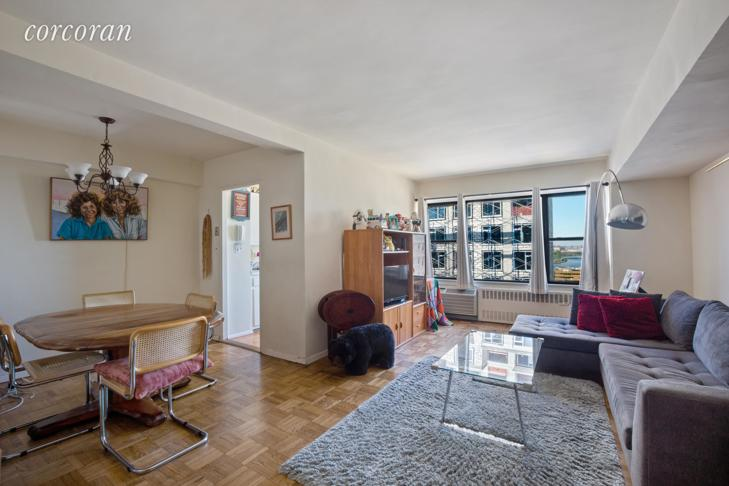 10 E End Ave #4M Yorkville, Manhattan, NY 10075 - 2 Beds for
